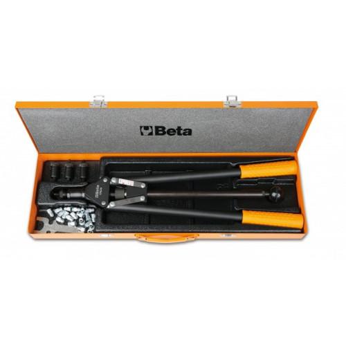 Zestaw nitownicy 1742A wyposażonej w 4 wymienne końcówki i 60 nitonakrętek stalowych Beta 1742A/C