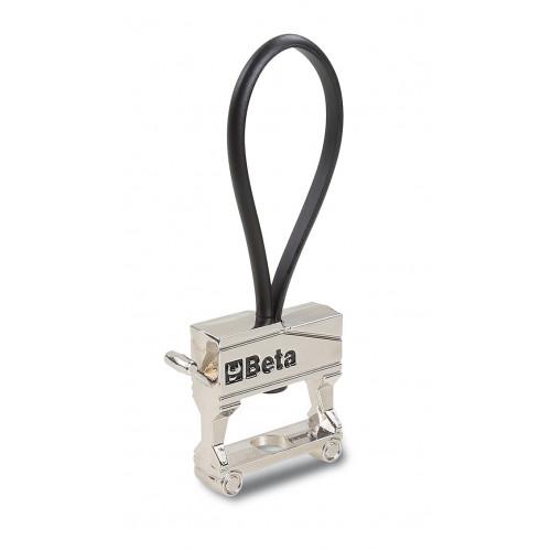 Breloczek do kluczy metalowy, chromowany, z gumowym hakiem Beta 9595 C25